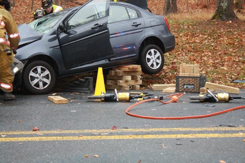 Minor Car Accident On Ramapo Valley Road Oakland Fire Department