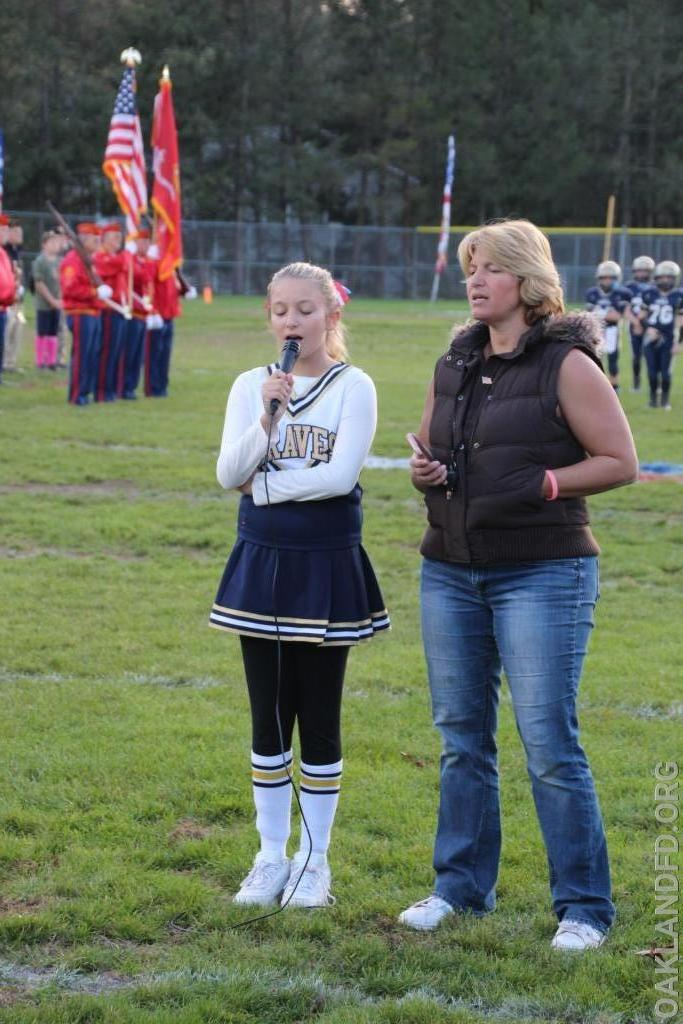 Braves Cheerleader sings God Bless America